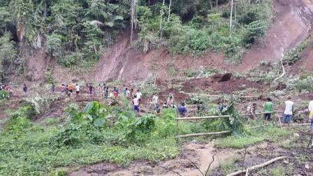 Longsor di Desa Tewasen Tutup Akses Jalan ke Minsela