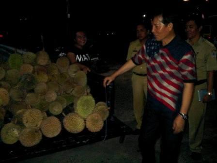 Disediakan Tempat Jualan di Taman Berkat, Pedagang Buah Apresiasi GSVL