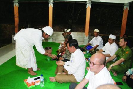 GSVL Diundang Persembahyangan Hari Raya Siwalatri Umat Hindu