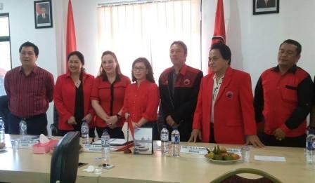 Pilwako Bitung, Eva Sarundajang Akhirnya Mendaftar di PDIP