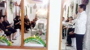 Walikota Manado Datangi Rumah Duka Hingga ke Motoling
