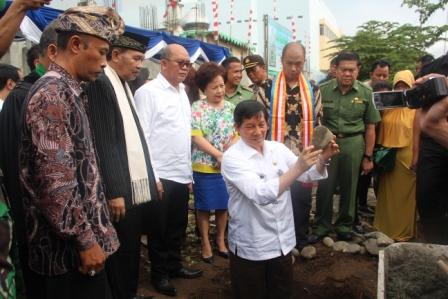 Simbol Kerukunan, Walikota Manado Letakan Batu Pertama Pembangunan Graha Religi