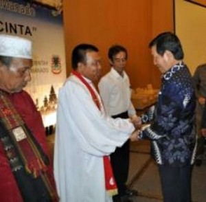 Kesejahteraan Rohaniawan Salah Satu Program Unggulan Pemkot Manado