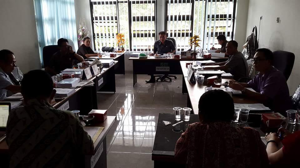 Ranperda APBD – P Tahun 2016 Minsel Mulai Dibahas di Tingkat Komisi