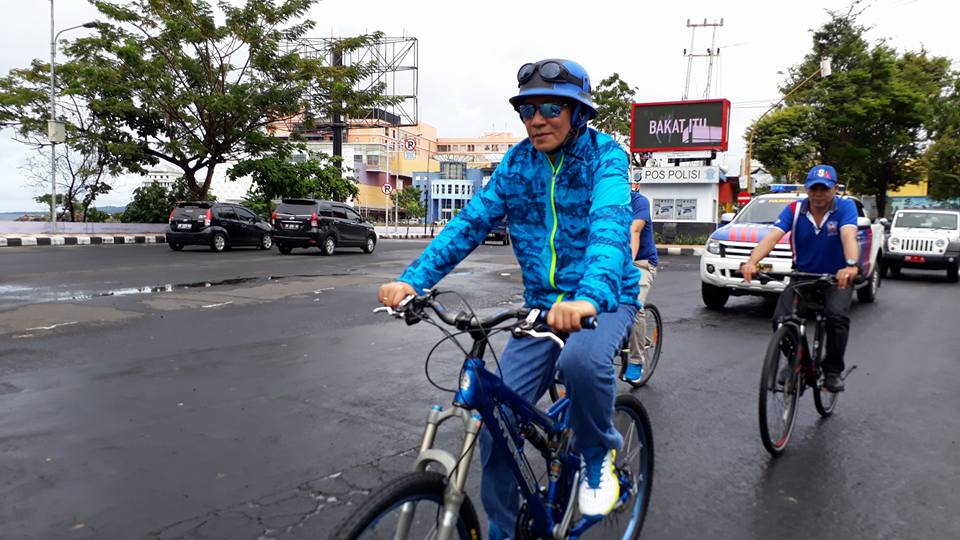 Gemar Berolahraga Kunci Sehat Walikota Manado