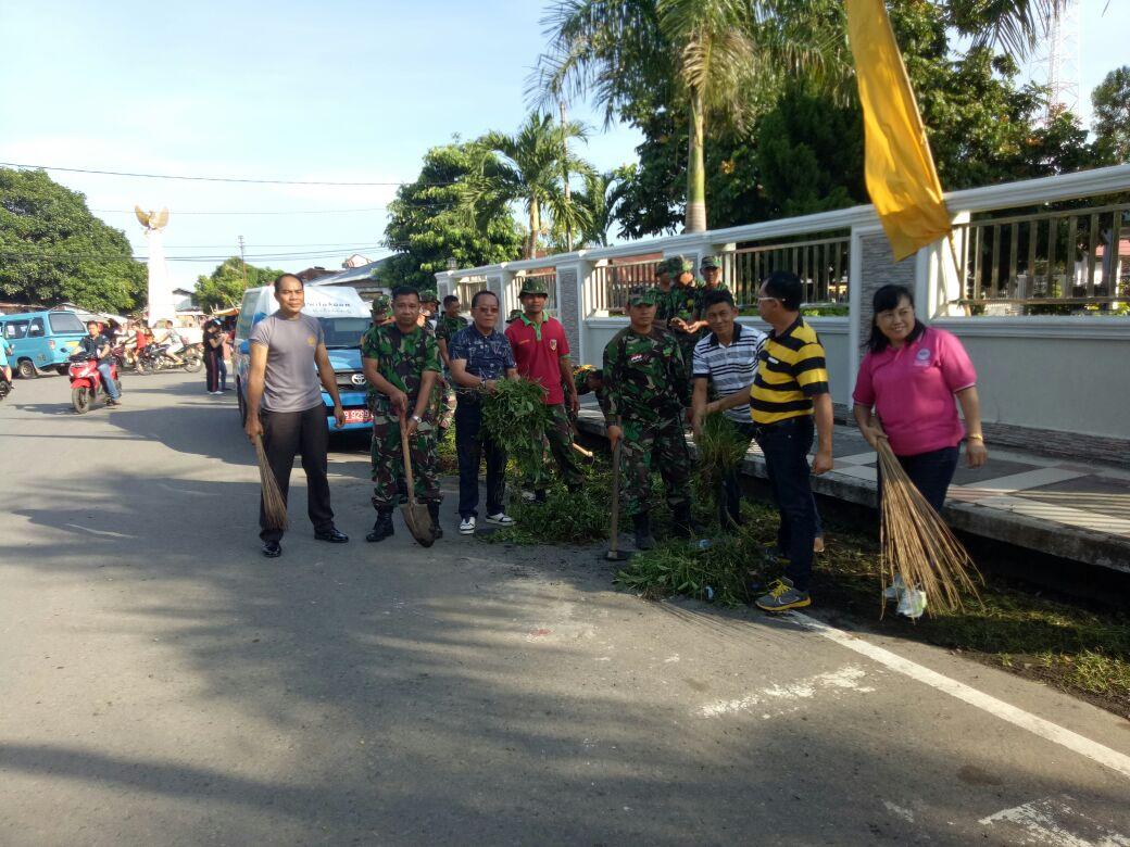 Hari Juang Kartika, Kodim 1302 Minahasa Gelar Bersih-Bersih di Pusat Kota