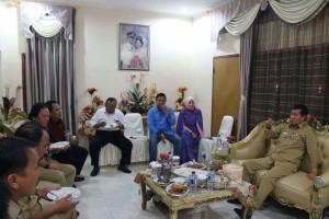 Walikota Manado GS Vicky Lumentut menghadiri HUT ke 41