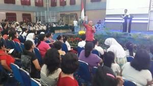 Kofifah Indah Parawansa, Menteri Sosial, Pemkot Manado, PKH