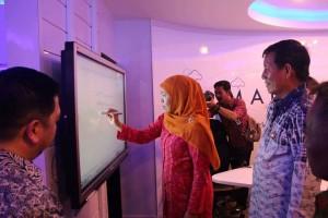 Menteri Sosial, Kofifah Indar Parawansa, Cerdas Command Center, Pemkot Manado, GSVL-MOR