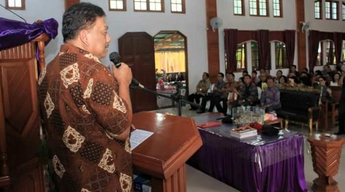 Olly Ajak Jemaat GMIM Moreah Antisipasi Radikalisme dan Terorisme