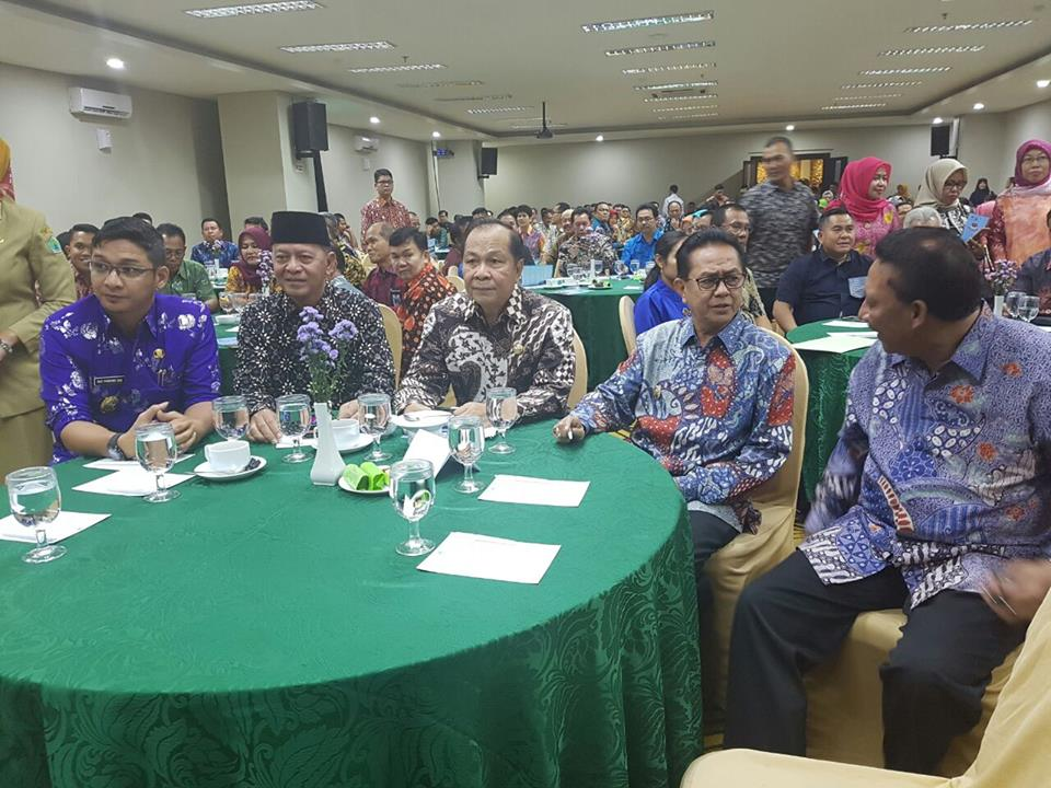 "Promosikan Kota Bitung, Lomban Hadiri Lauching ""ICE 2017″"