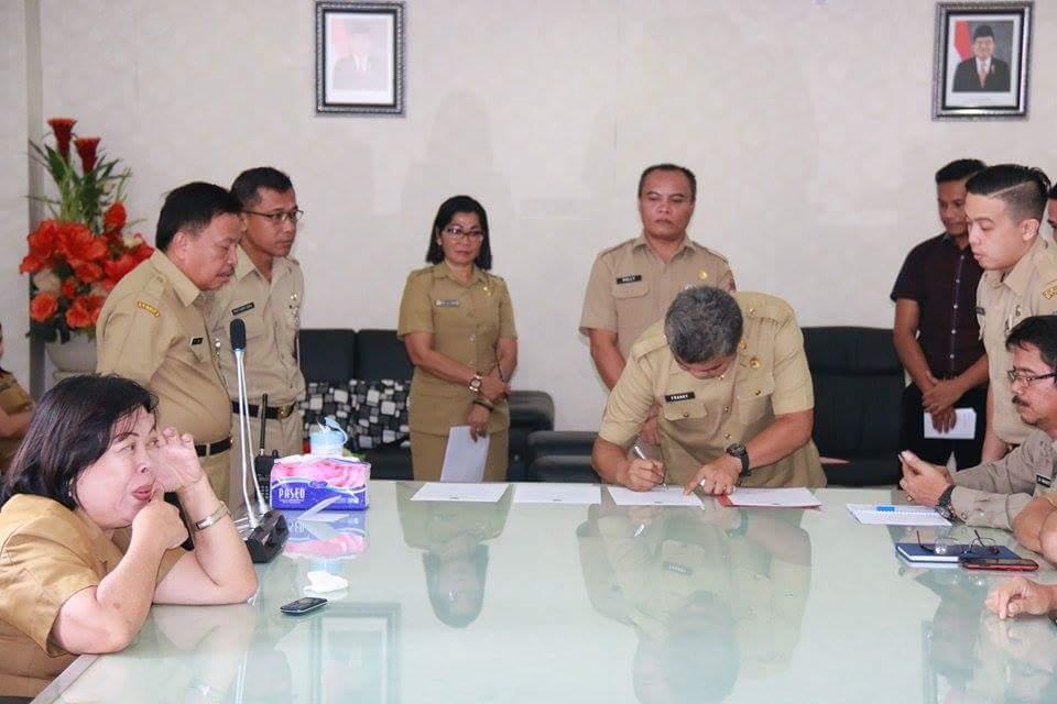 Pakta Integritas Untuk Pejabat Esalon lll dan lV Pemkab Mitra