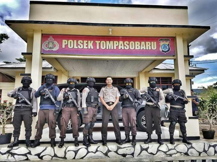 Kunjungi Polsek Tompasobaru, Kapolres Puji Kinerja Kapolsek