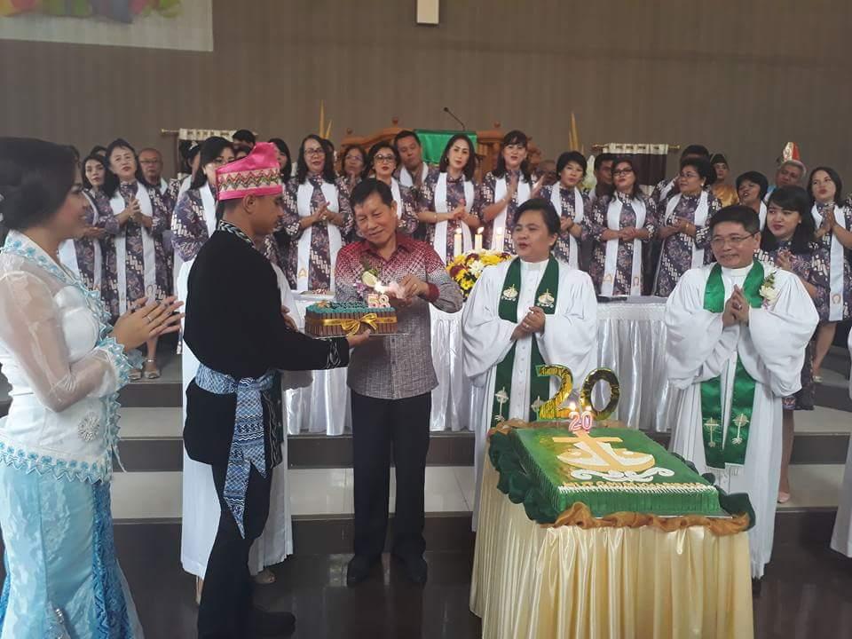Hadiri Ibadah Syukur GMIM Kharisma Buha, GSVL : Nilai Pancasila Harus Mampu Diterapkan Warga Gereja