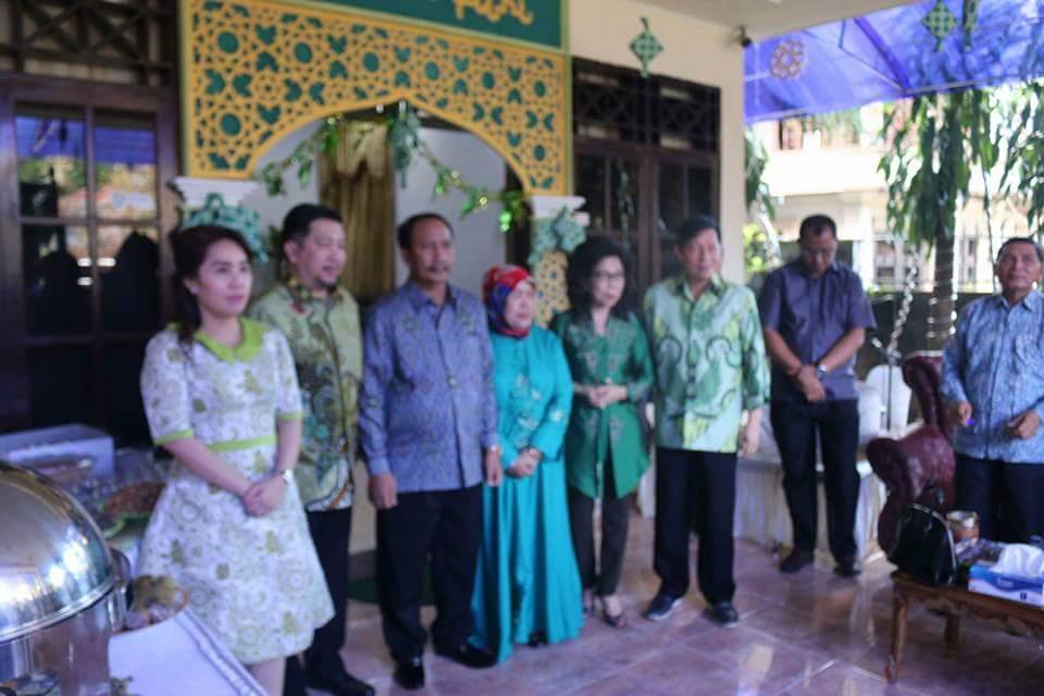 Idul Fitri 1438 Hijriyah, GSVL-MOR Besilahturahmi Dengan Warga Muslim Manado