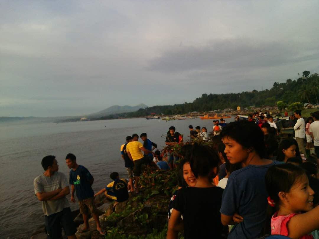 Seorang Remaja Asal Uwuran Hilang Ditelan Ombak Pantai Amurang