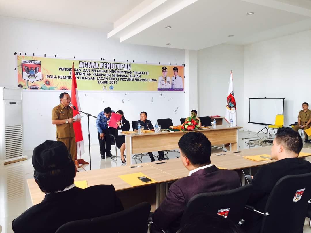 Rindengan Tutup Diklat PIM III Angkatan IV Tahun 2017 di Minsel
