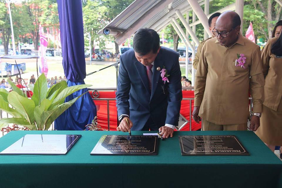 Harganas XXIV Tingkat Provinsi Sulut di Manado, Walikota GSVL Resmikan Kampung KB