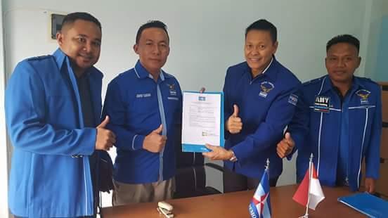 Siap Majukan Talaud, Gunawan Talenggoran Daftar Cabup ke Partai Demokrat