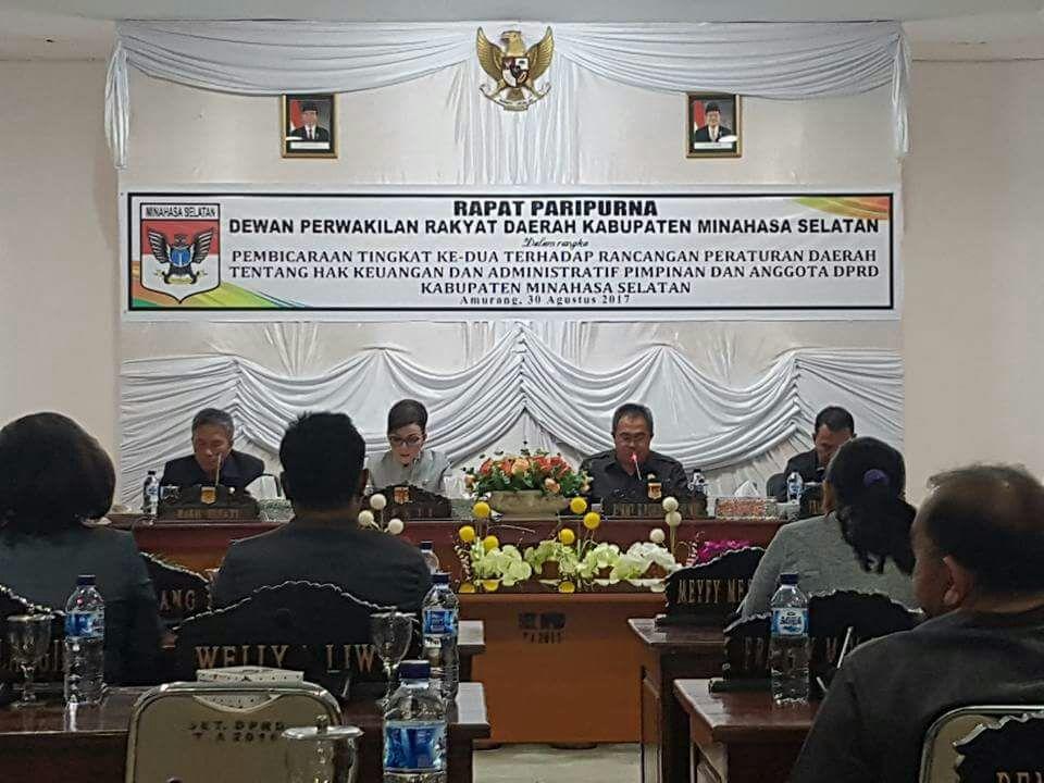 DPRD Minsel Gelar Rapat Paripurna Ranperda Tentang Hak Keuangan Pimpinan dan Anggota Dewan