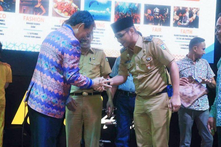 "Pastikan Hadir, Wawali Pasha Ungu"" Bakal Ramaikan Panggung Manado Fiesta 2017"