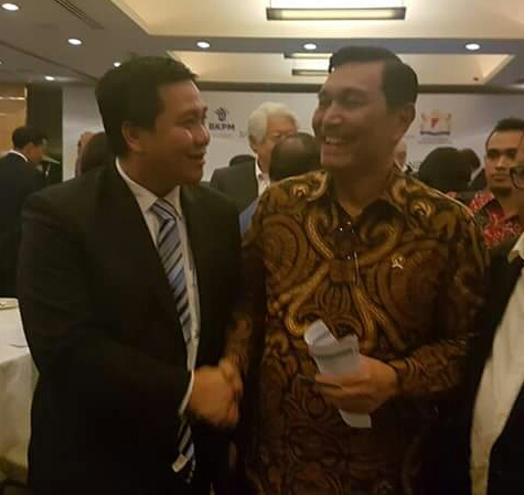 Bersama Menko Kemaritiman Wagup Promosikan Sulut Lewat Forum Bisnis di Singapure
