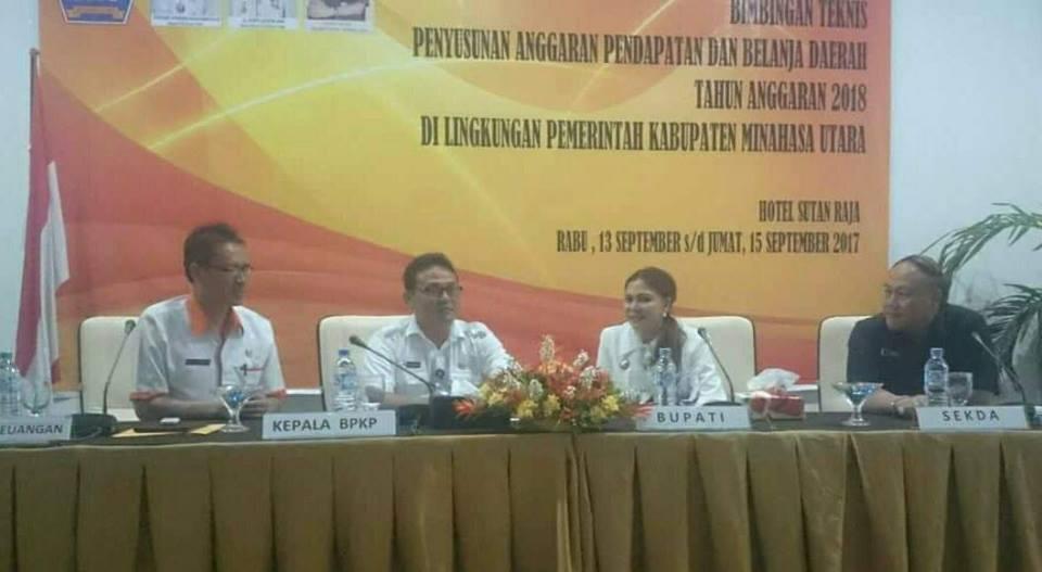 Bupati VAP Berharap Bimtek Penyusunan APBD 2018 Jadi Motivasi Pertahankan WTP