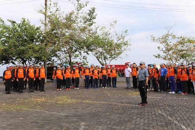 STEVEN KANDOUW Pimpin Apel 1000 Orang Relawan Bersihkan Sungai di Manado