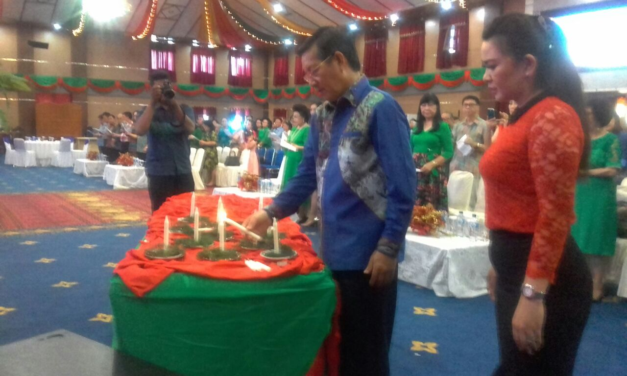 Perayaan Natal GSVL Bersama Kerukunan Warga Pakasaan Remboken Sulut
