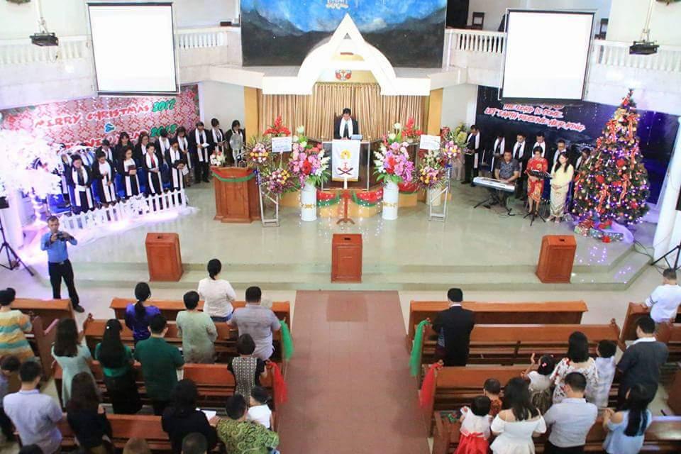 Walikota Manado Khadim Ibadah Awal Tahun 2018 di Jemaat Elim Malalayang
