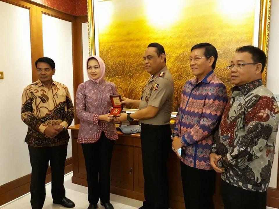 Bahas Rakernas di Tarakan, Walikota GSVL Bersama Pengurus APEKSI Temui Wakapolri