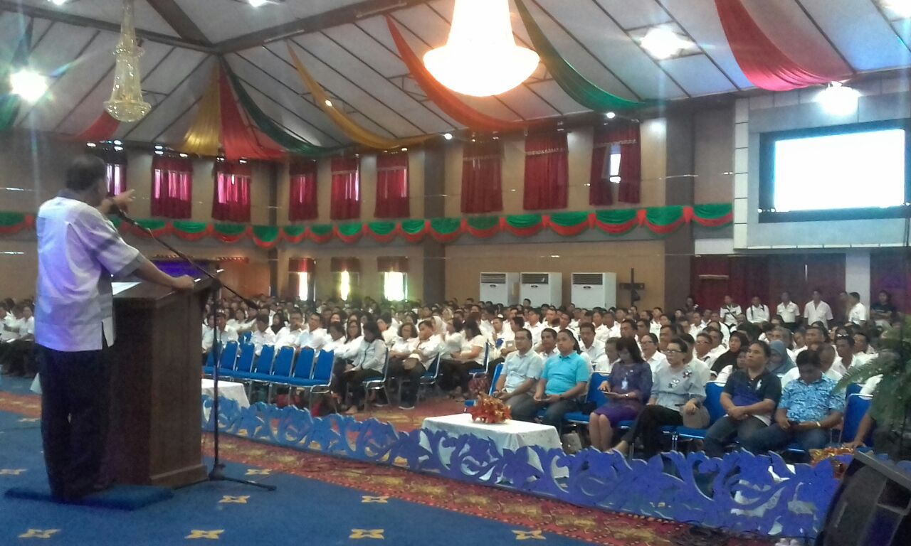 Pemkot Manado Bekali Calon Kepala Lingkungan Tahun 2018