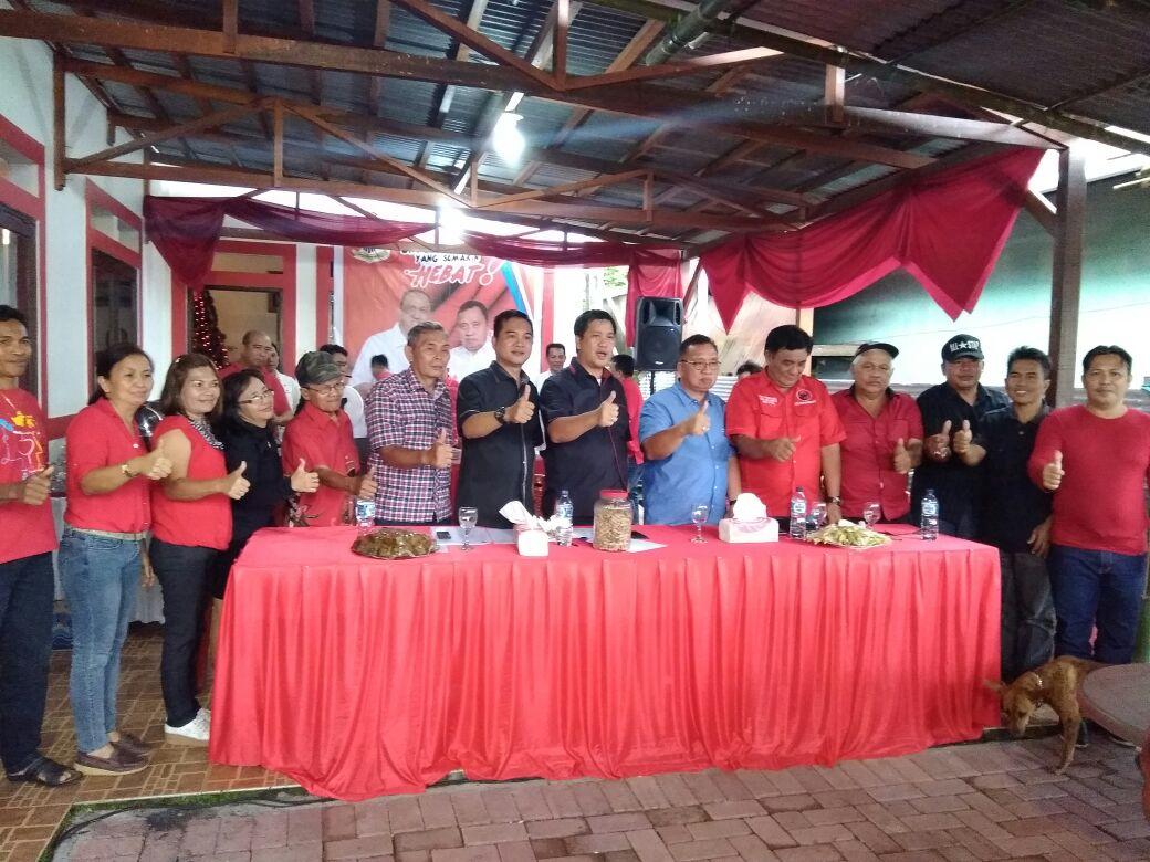 Bangun Soliditas Partai, Steven Kandouw Temui Kader PDI-P Pineleng