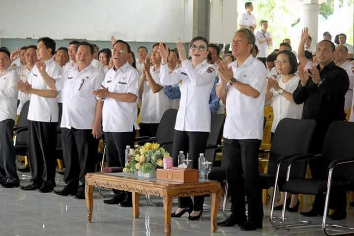 Hari Pertama Masuk Kerja, Pemkab Minsel Gelar Ibadah Perdana Bersama