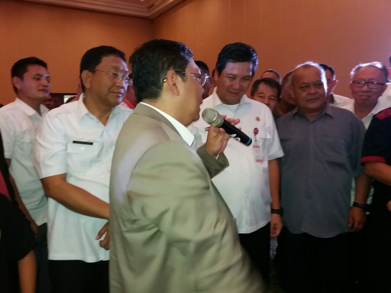 Bertandang ke Manado, Pecatur GM Utut Adianto Dikalahkan Bocah 12 Tahun