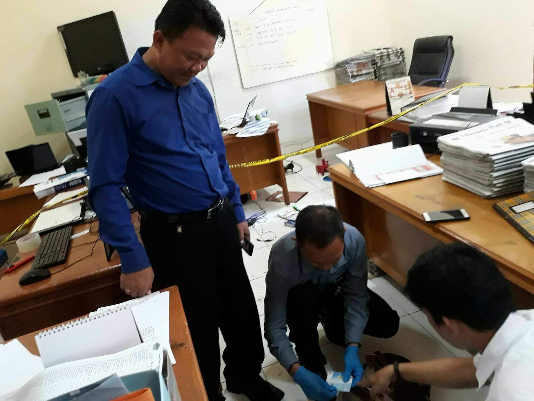 ASN Sekretariat DPRD Minut Ditikam Suami Dikantornya/