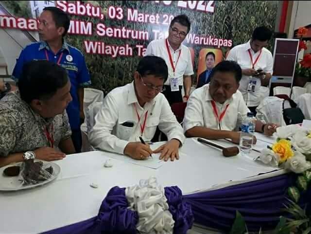 Vicky Lumentut Terpilih Ketua PKB GMIM Periode 2018-2022