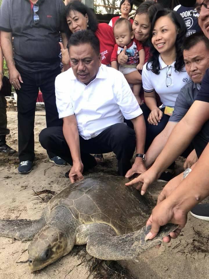 Olly Dondokambey Lepas Hewan Yang Dilindungi di Indonesia