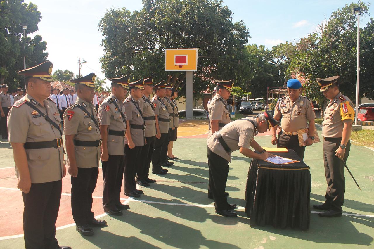 Kapolres Pimpin Langsung Sertijan Pejabat Polres yang Dimutasi