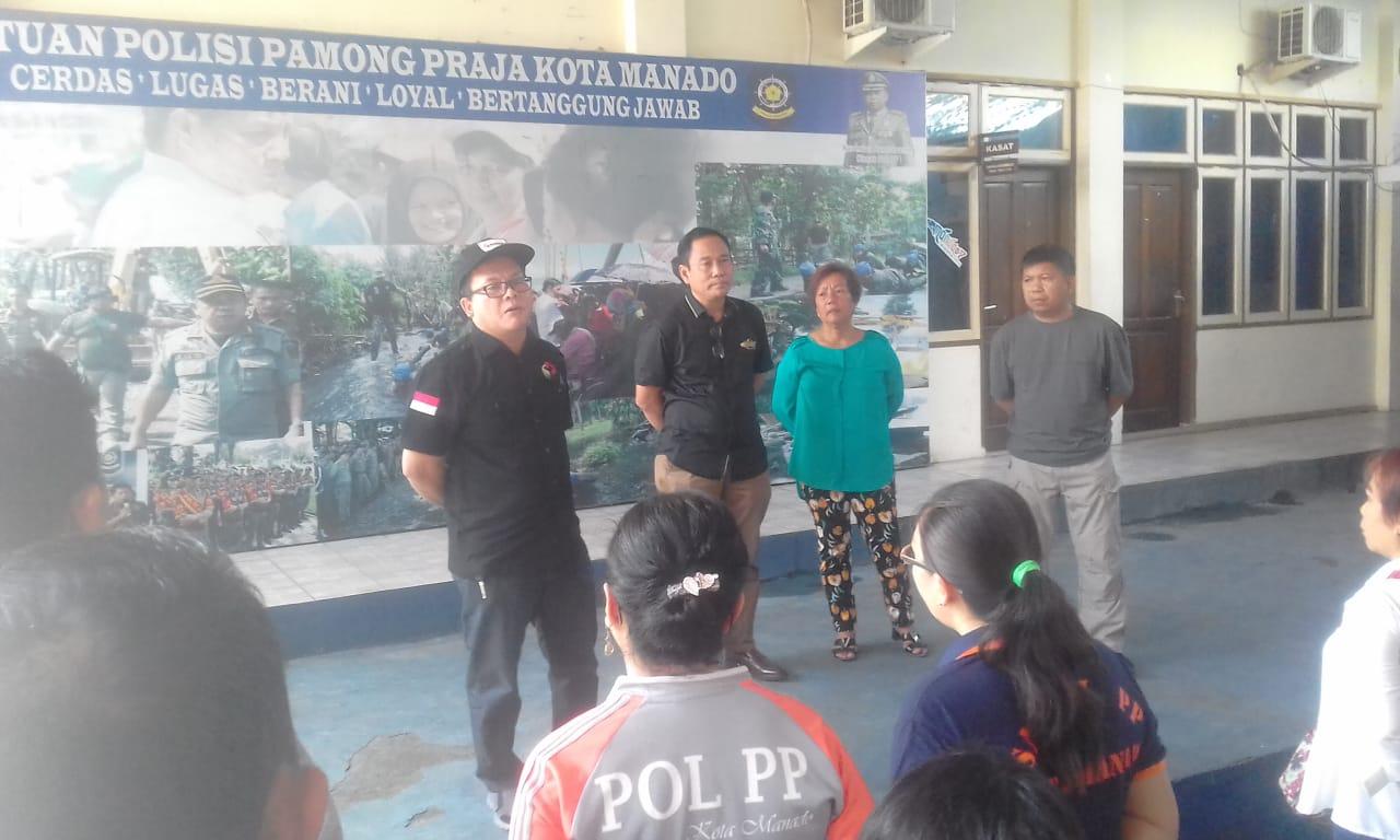Pol PP Manado Bersama Bawaslu Pagi Ini Tertibkan APK Langgar Aturan