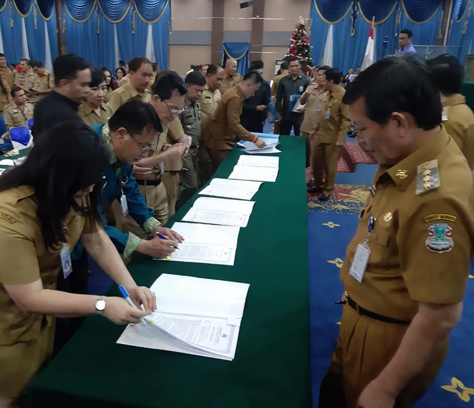 Pejabat Pemkot Manado Teken Pakta Integritas Dihadapan GSVL-MOR
