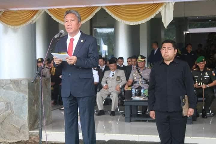 Wabup Franky Wongkar Irup Upacara Dalam Rangka HUT Minsel ke-16