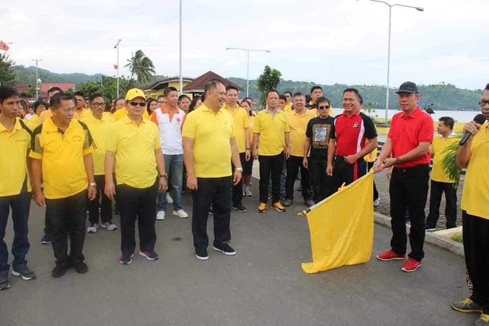 Jalan Sehat Sambut HUT Kabupaten Minsel Ke-16