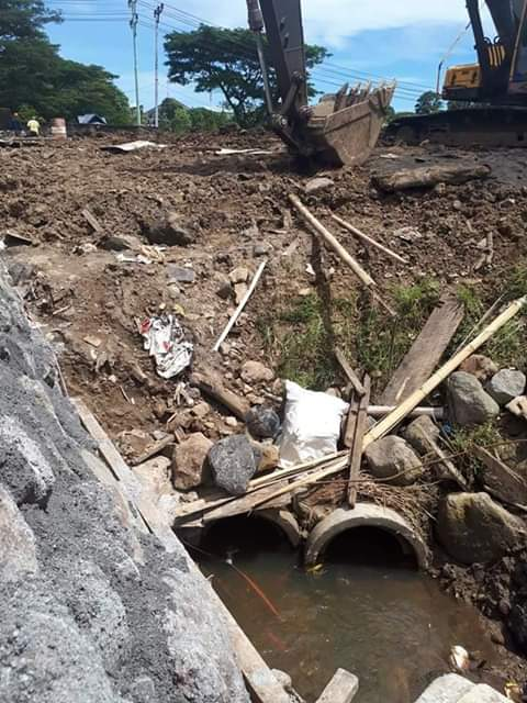 Banjir di Trans Mart, Warga Paniki Protes AKR Selaku Pengembang Proyek
