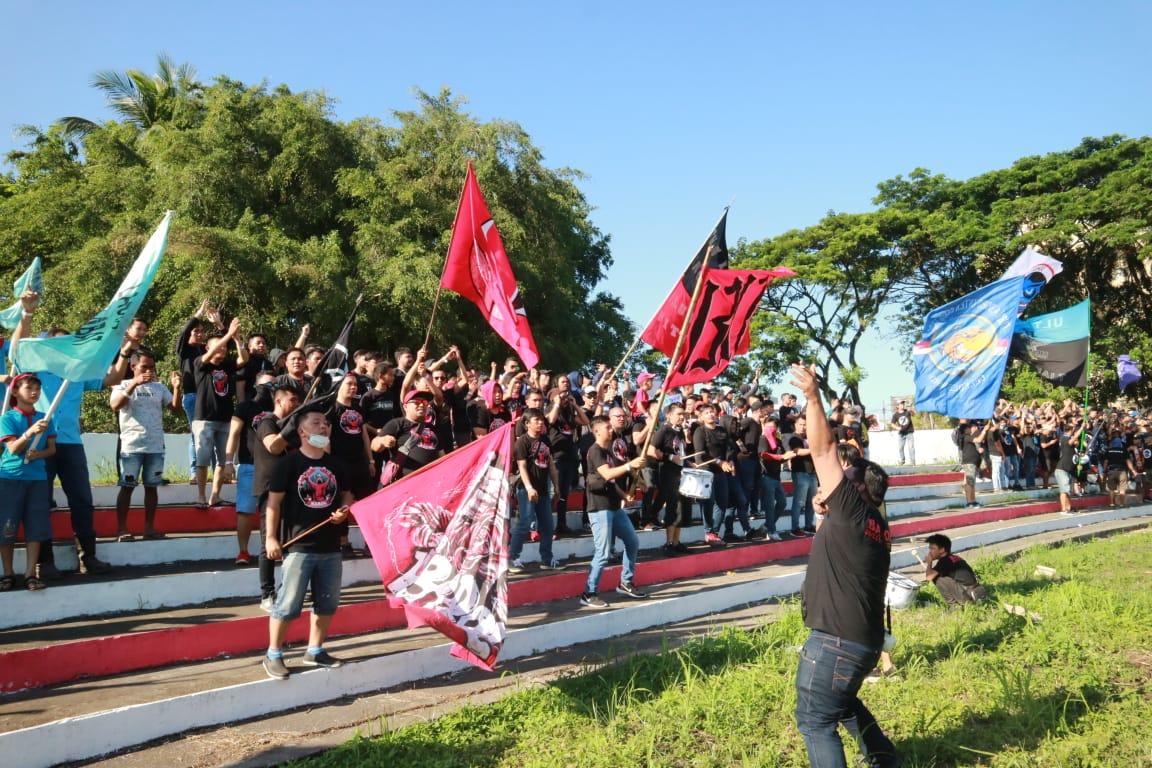"""Klub Suporter Sulut United Menjamur, """"Barol Sulut United"""" Terus Beri Dukungan"""
