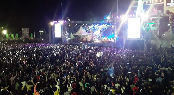 Closing Ceremony Manado Fiesta 2019, Konser Iwan Fals Hipnotis Warga