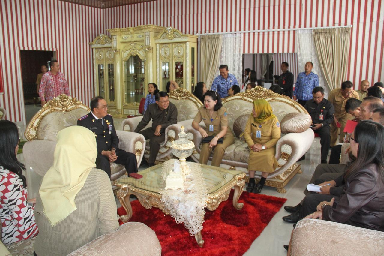Minahasa Menuju Kabupaten Sehat Tingkat Pembinaan