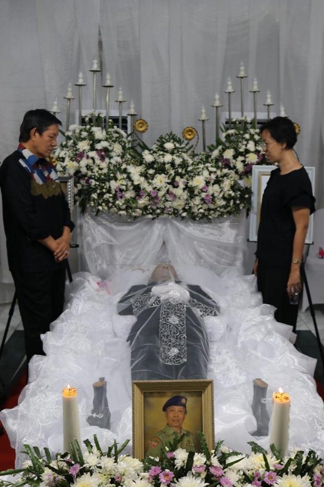 Melayat di Rumah Duka Alm Lona Lengkong, GSVL : Selamat Jalan Kawanku