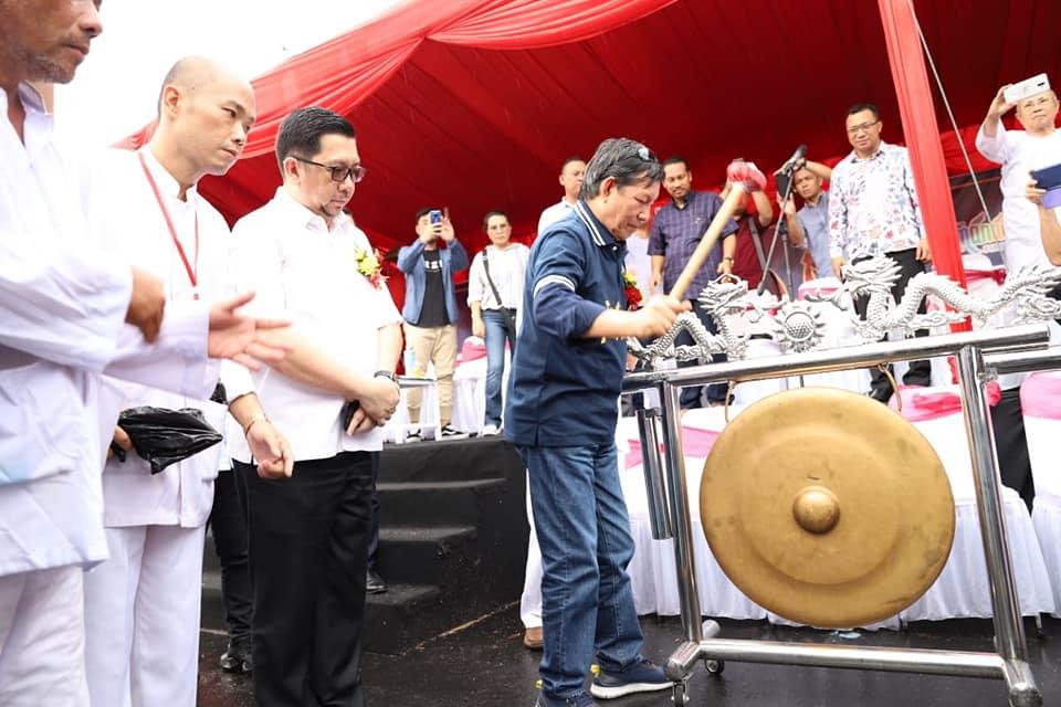 Dipadati Ribuan Warga, Cap Go Meh di Manado berlangsung meriah