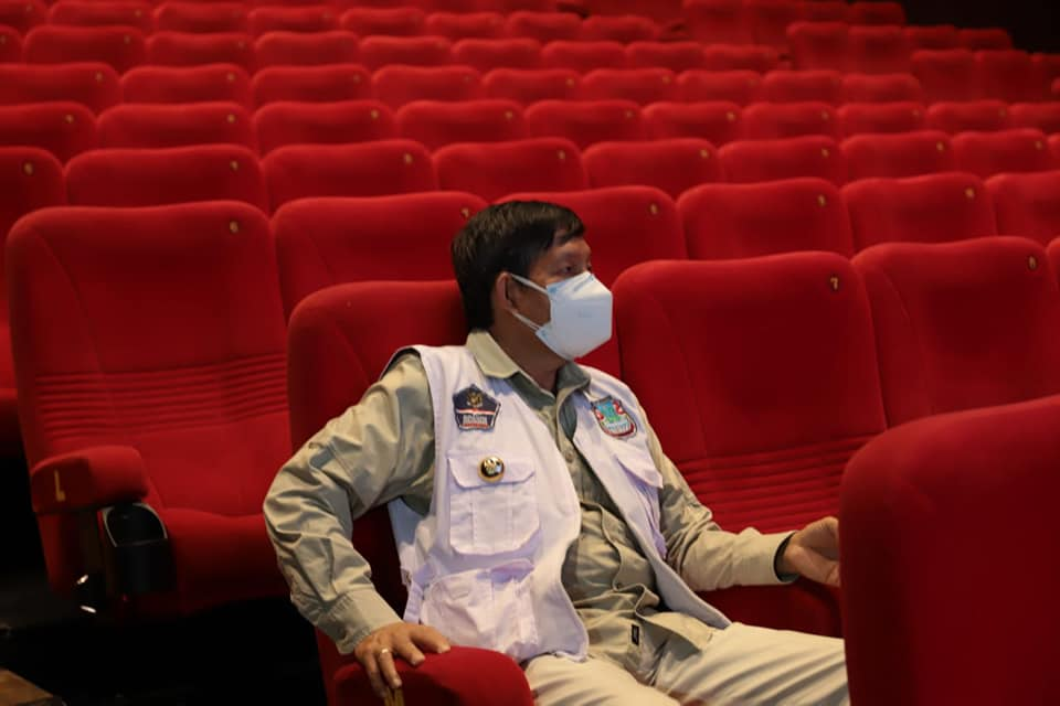 bioskop manado